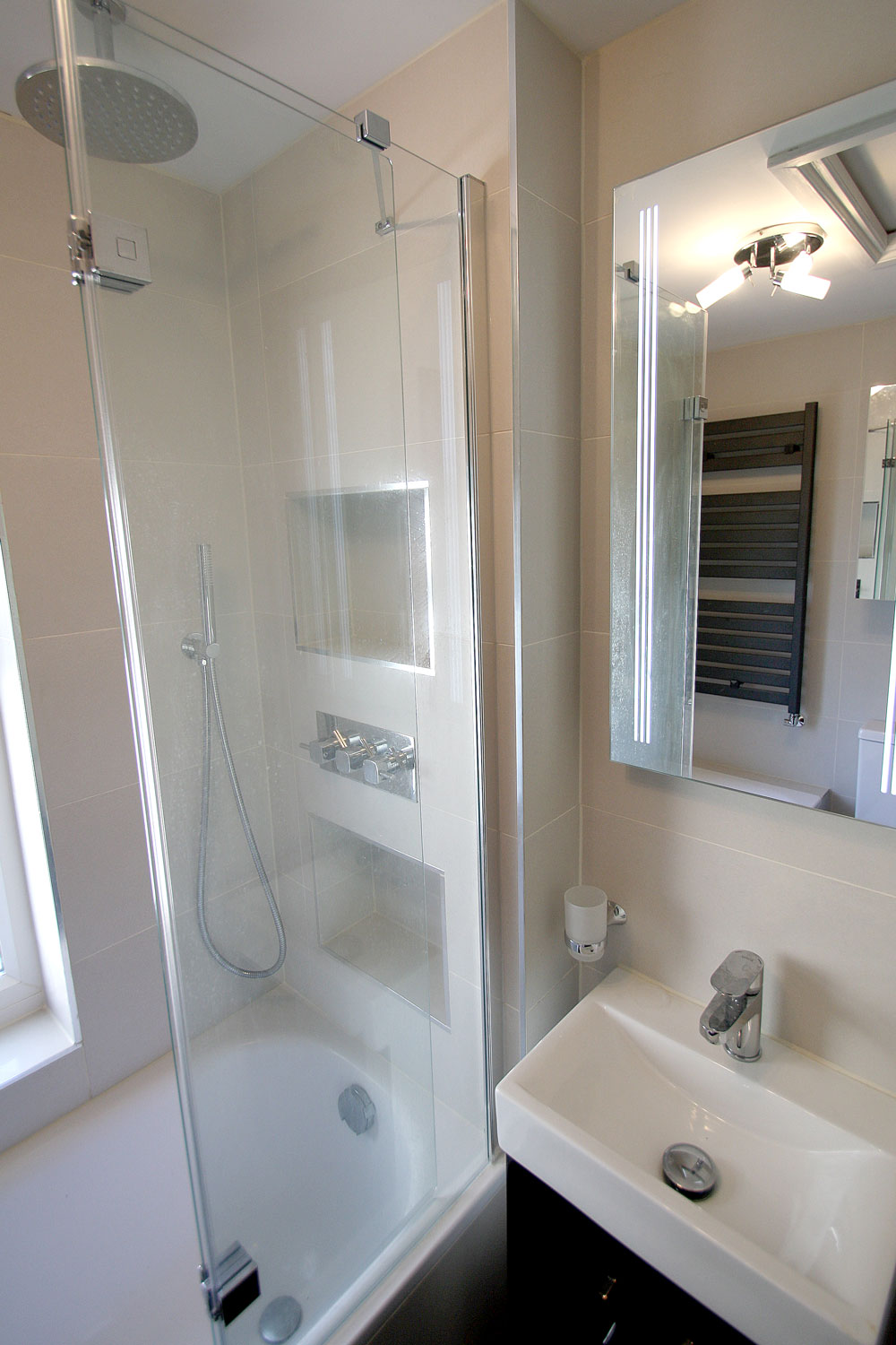Bathroom Design & Refurbishment In Kingston Upon Thames